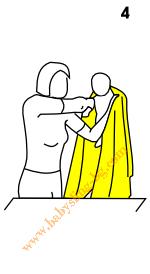 Връзване на слинг-шал, поза На гръб, стъпка 4