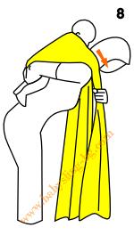 Връзване на слинг-шал, поза На гръб, стъпка 8