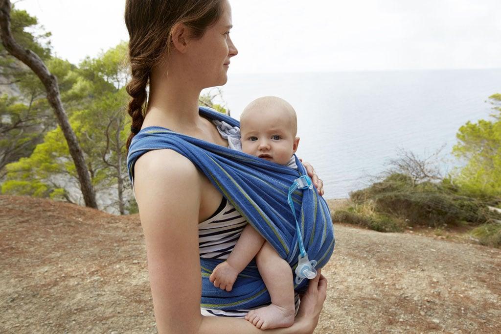 слинг,правила за безопасно носене на бебе в слинг, връзване на слинг, носене на бебе в слинг, носене на бебе, щастливо бебе, спокойно бебе