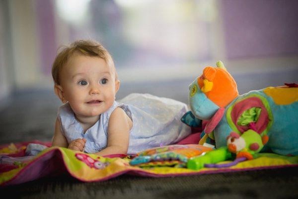 Ранно детско развитие. Сетивата на детето. Децата и музиката. Ранно детско разавитие. Развитие на бебето от 3 до 6 месеца. Ранно детско развитие