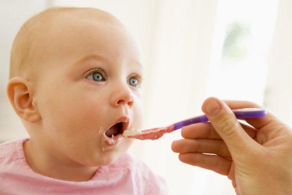 Захранване. Алергии в бебешка възраст. Попара. Захранване с глутен. Захранване с месо