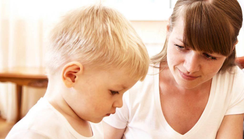 Дете не говор, късно проговаряне, Възпитание. Послушно дете. Добър родител