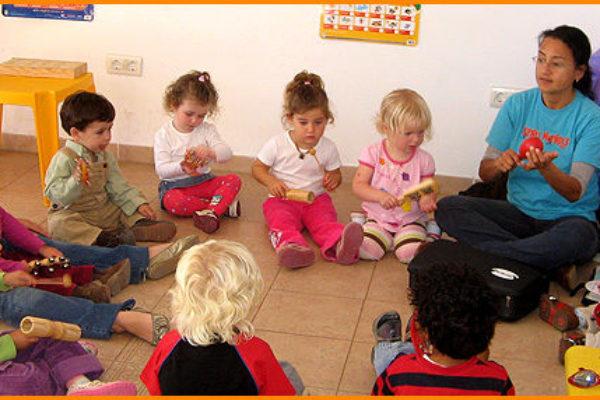 Отделяне на детето от мама. Тръгване на ясла/детска градина. Спомнилище за родители (Снимката е предоставена от the-parenting-magazine.com)