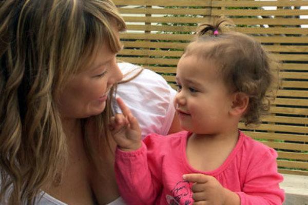Как да говорим с малкото дете и как да изгражедаме разбирателство и доверие
