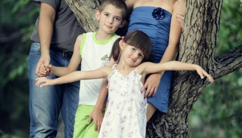 Моето семейство - Нели Василева-Стефанова, основател на babysling-bg.com и Спомнилище за родители, автор и обучител