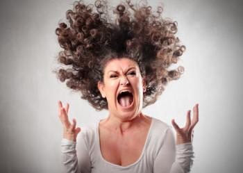 ядосана майка, гневна майка, детето ме изважда от кожата ми