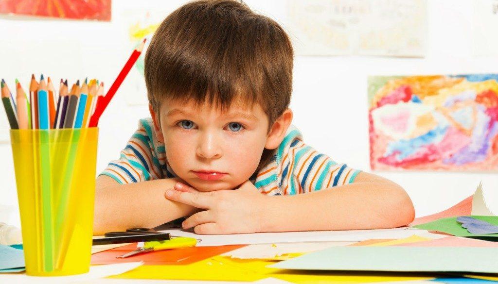 Тръгване на училище, проблеми в училище, тест за училищна готовност. Съвети за родители, технологиите и децата, нарушения в развитието на детето, хиперактивност и дефицит на внимание, истерични кризи