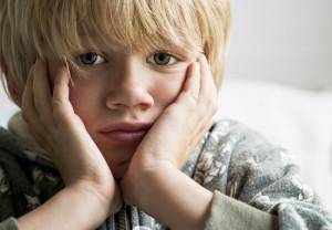 Защо детето не слуша? Как да възпитаваме, когато разговорите и наказанията не вършат работа?