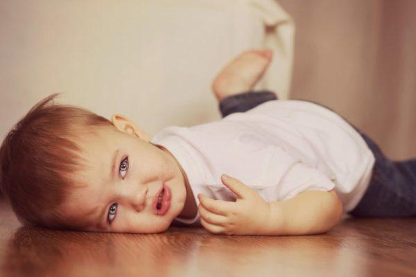 дете, поставяне на граници, тръшкане, достатъчно добра майка