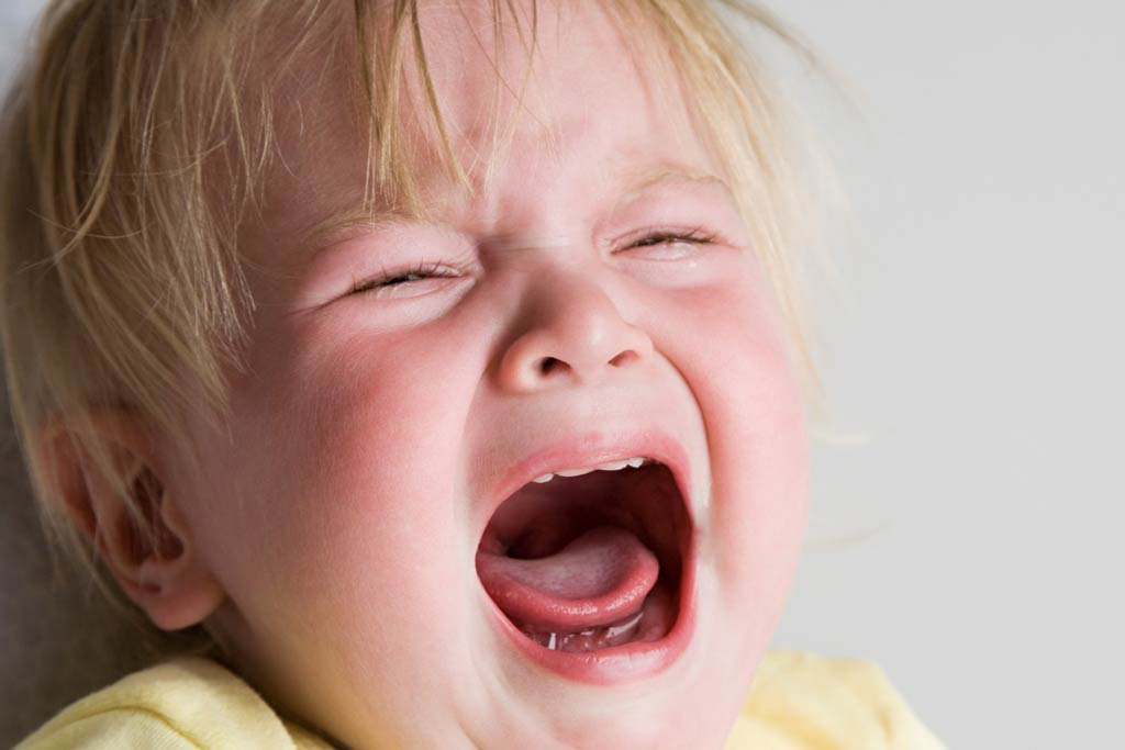 Тръшкането при децата. Бебешки пубертет
