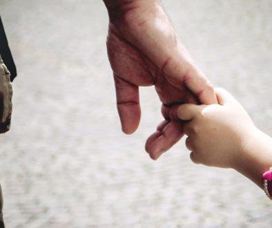Дете, родител, трудности, възпитание, щастливо дете