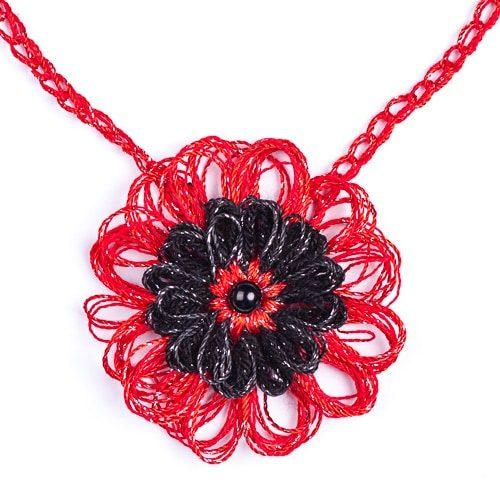 Колие Грация - червено с черно