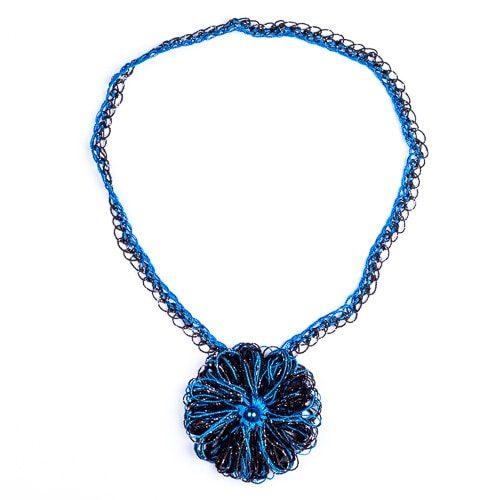 Колие Грация - синьо с черно