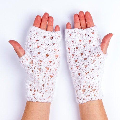 Ръкавици дантелени бели