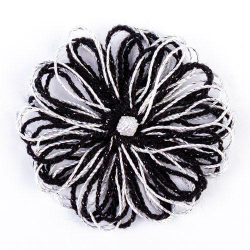Брошка - сребристо с черно