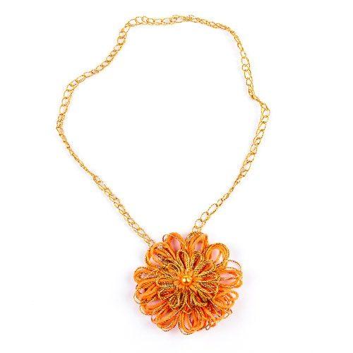 Колие - оранжево със златисто