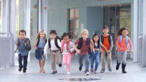 тръгване на училище, проблеми в училище, общуване с деца
