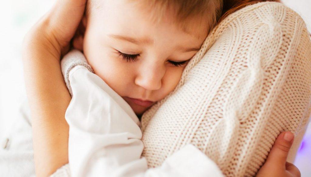 безусловна любов, граници, възпитание, родителски умения, родители, деца, непослушно дете
